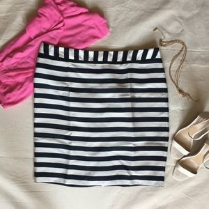 NWOT Fully Lined B&W Striped Pencil Skirt, Sz 18
